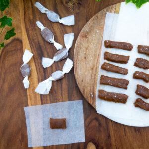 Salzig-Süße Dattel-Karamellbonbons